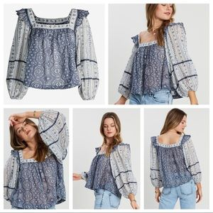 💙🤍FREE PEOPLE MOSTLY MEADOW BLOUSE🤍💙